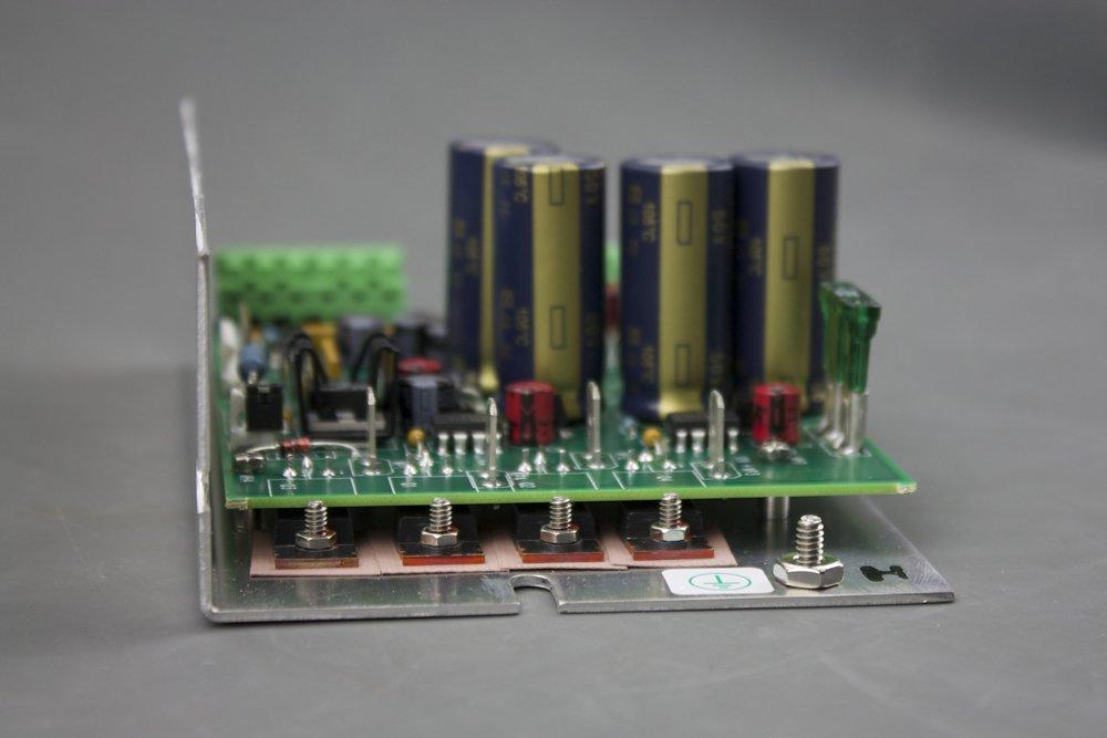 5R7-582 Temperature Controller
