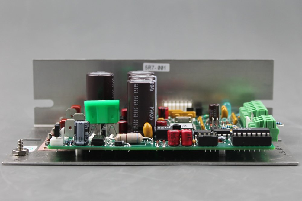 5R7-001 RoHS Temperature Controller with RS-232