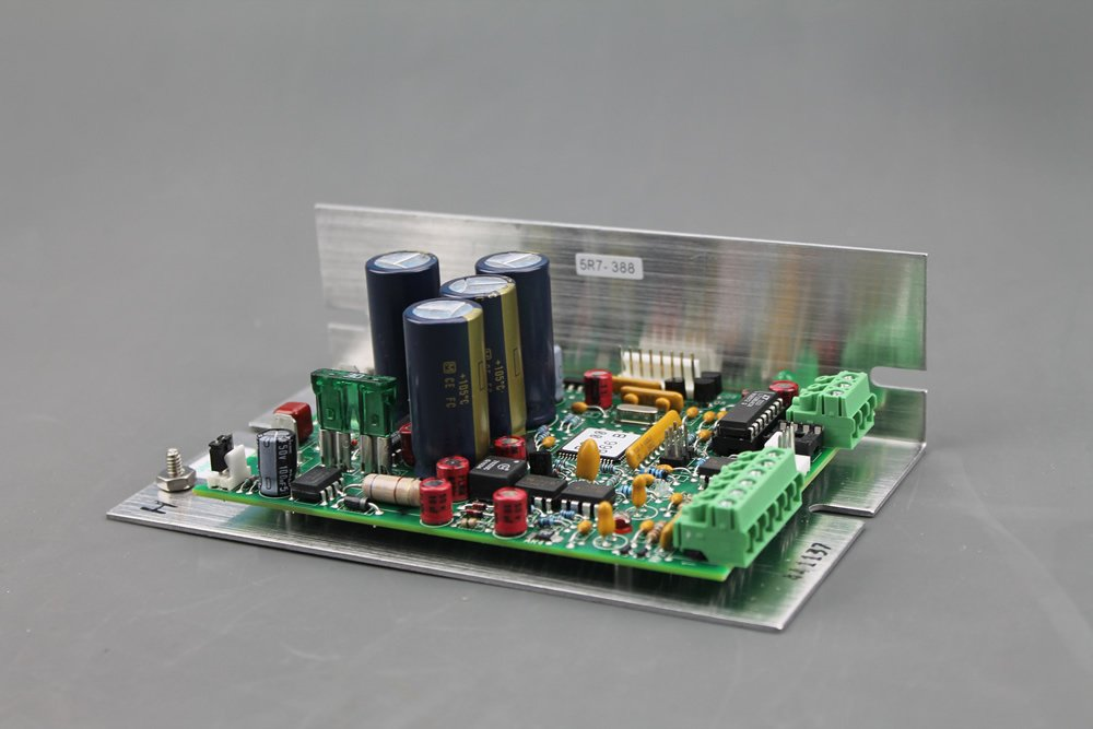 5R7-388 RoHS Temperature Controller with RS-232